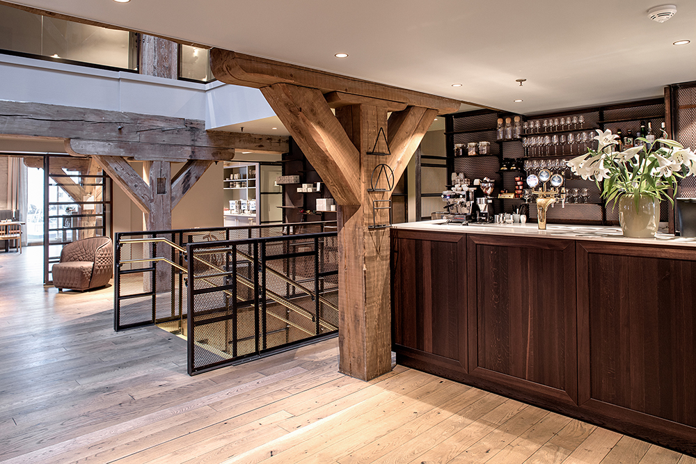Hotel Brosundet Ålesund Norway, modern and  Minimalistic  Reception and bar in wood by GARDE. Mads Emil Garde