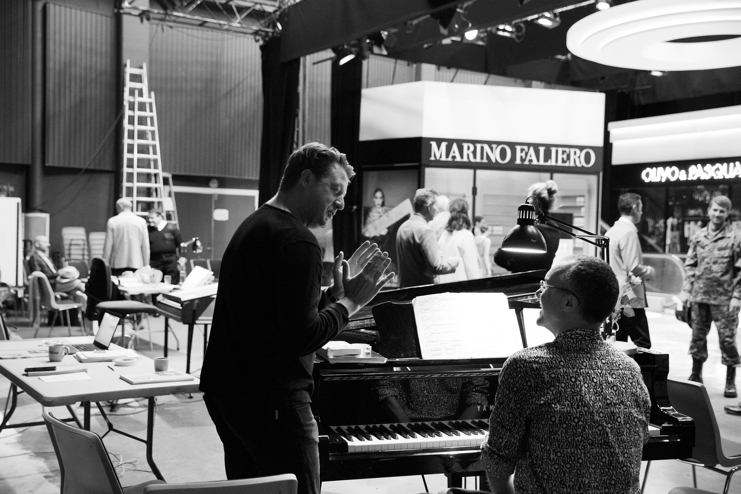 Jyske opera - The pianist! One of the most important persons in a production. Charles Kilpatrick and I talking ………..