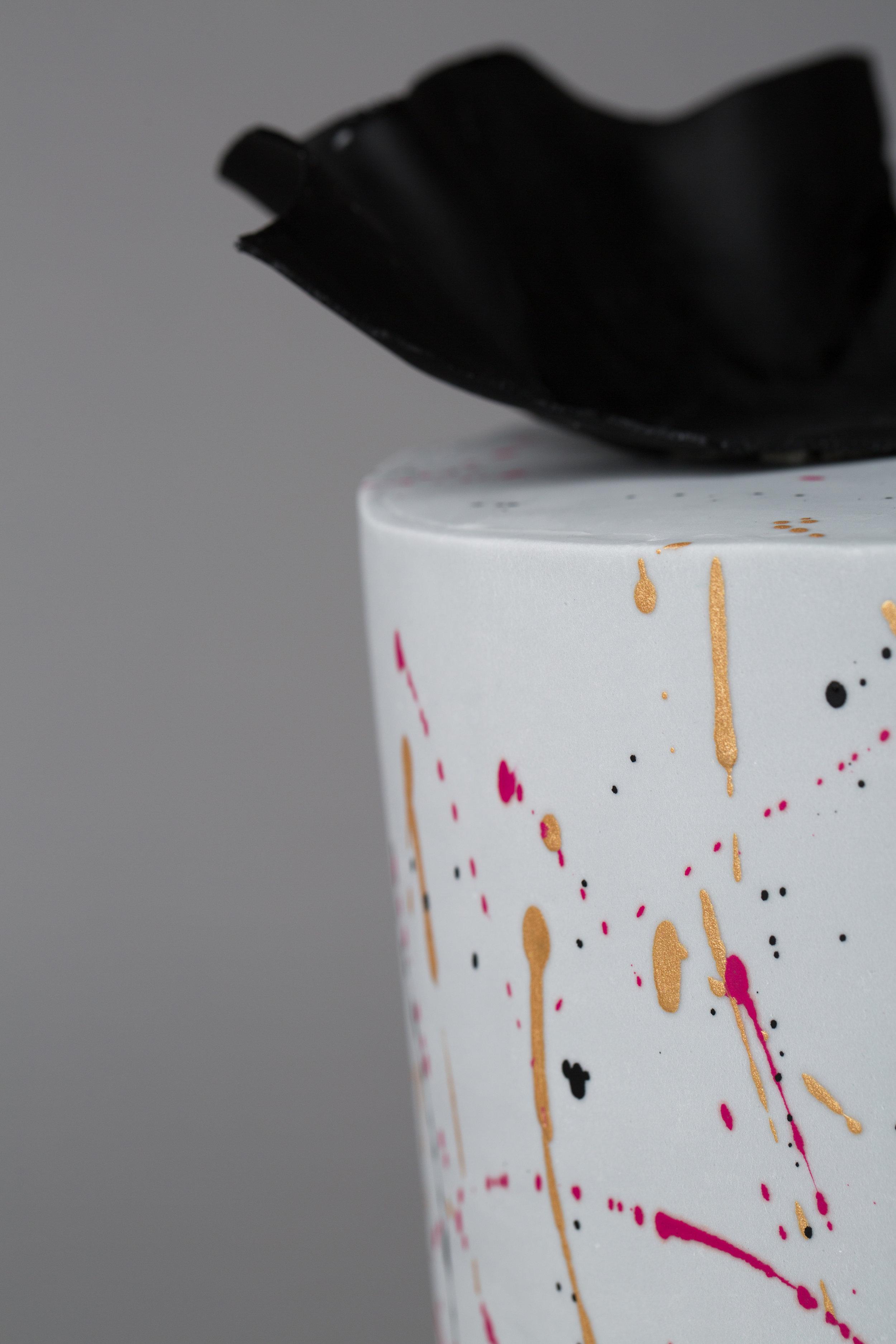 Holly Clarke Cake Design 3203-069 3200x4800.jpg