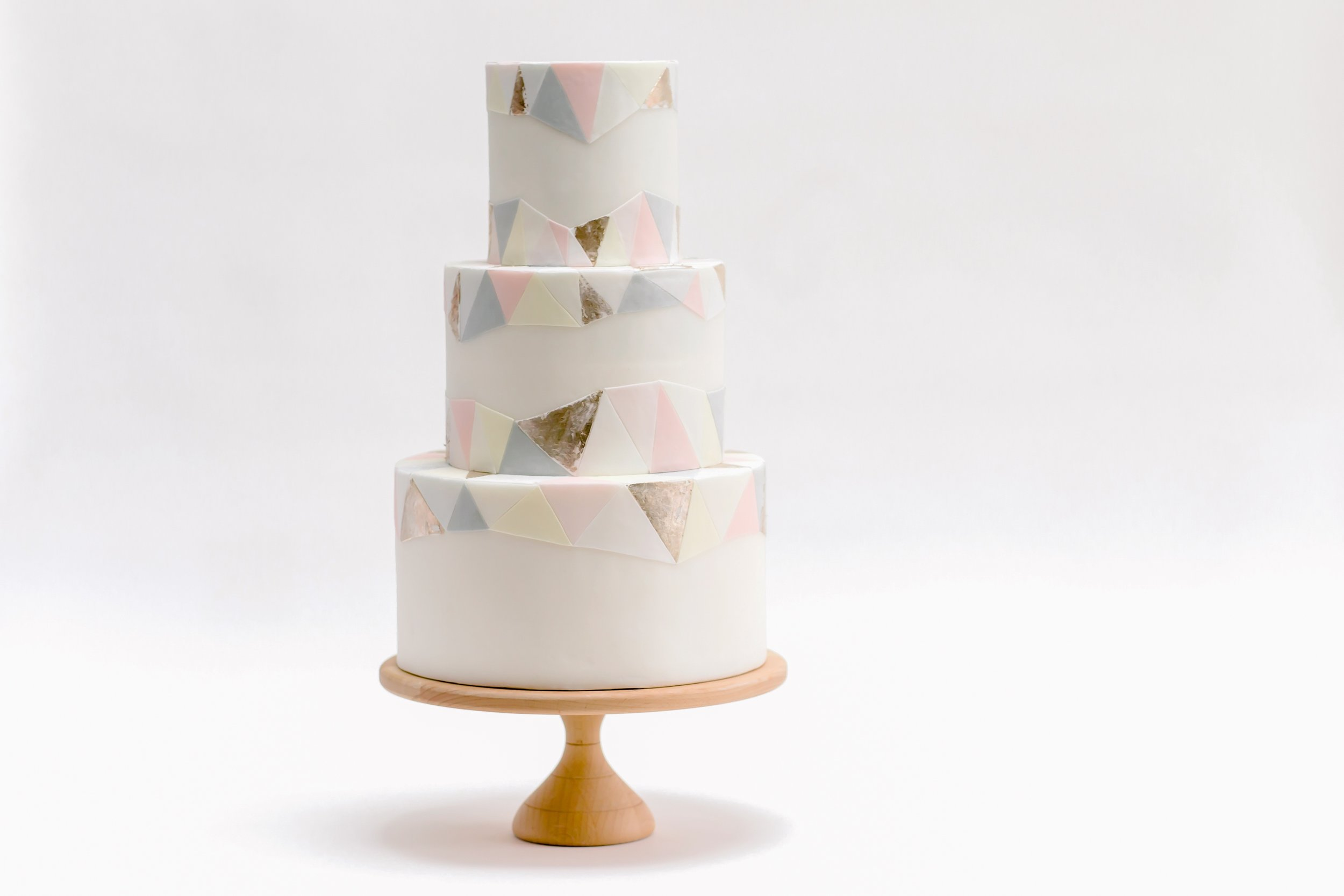 claire-graham-claire-owen-cakes-3 4200x2800.jpg