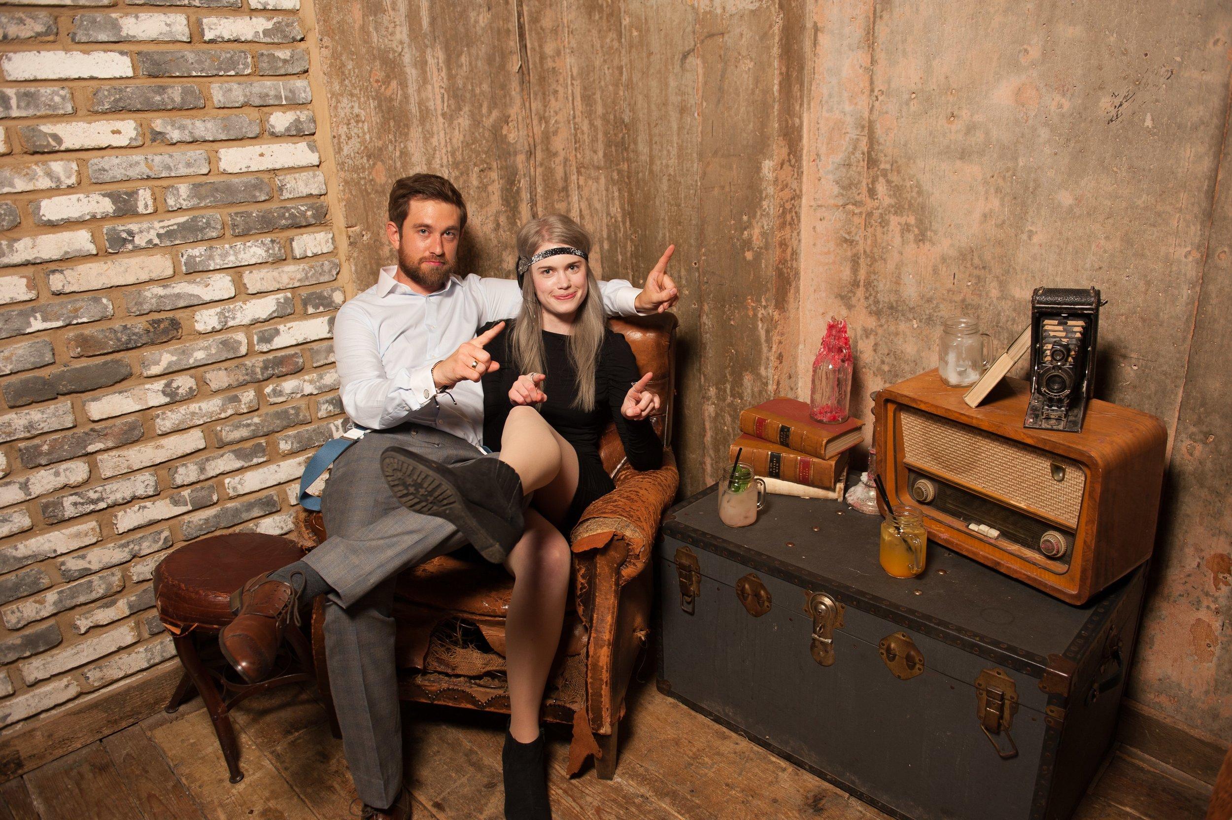 Alternative Photo Booth Wedding Boxless Booths16.jpg