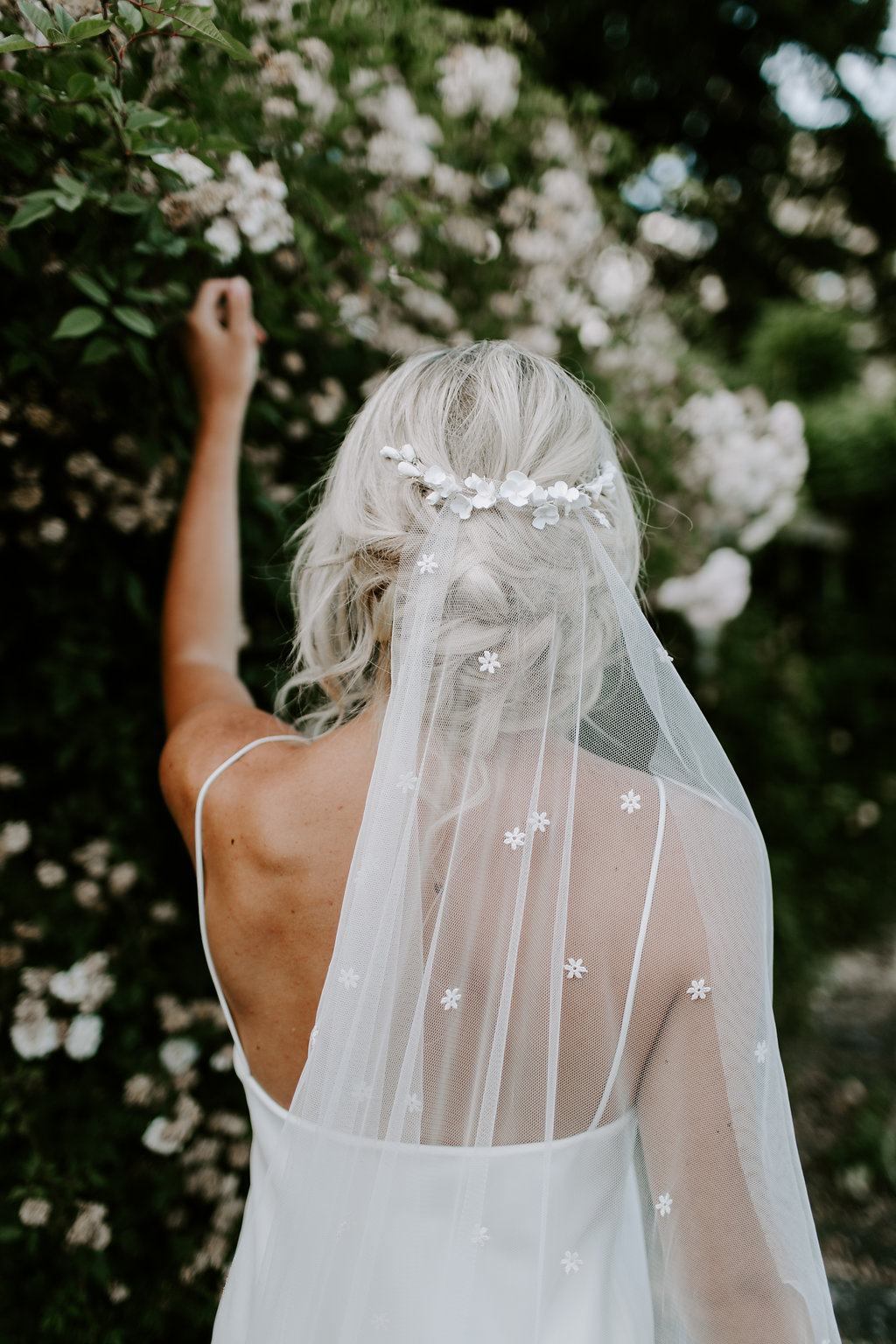 Eden b Delicate Natural Bridal Hair Accessories17.jpg