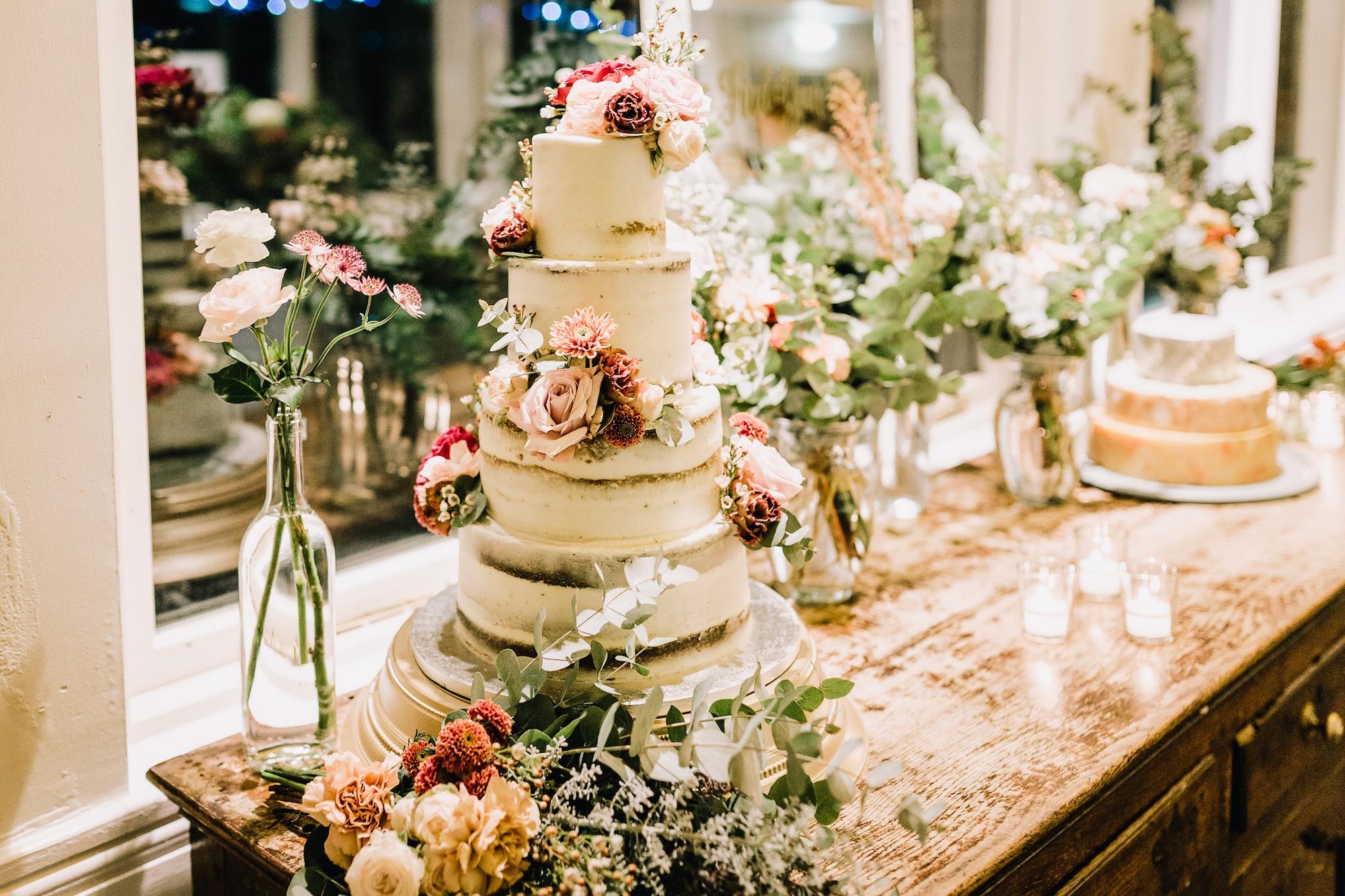 The Glorious Bakery_Cake08 2000x1333.jpg
