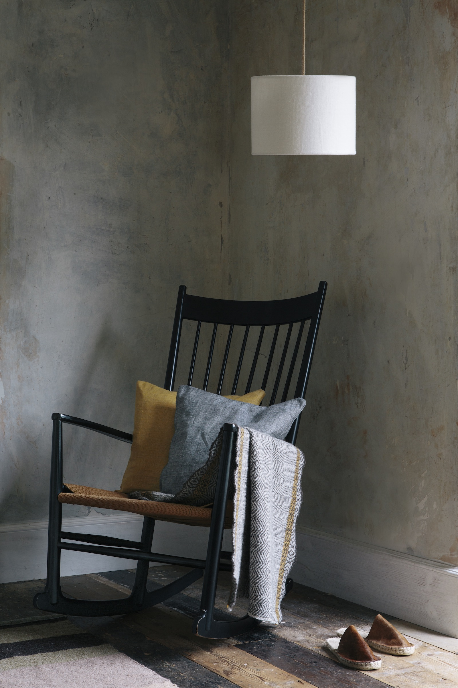 Aerende chair featuring organic cotton cushions and natural wool blanket 1600x2400.jpg