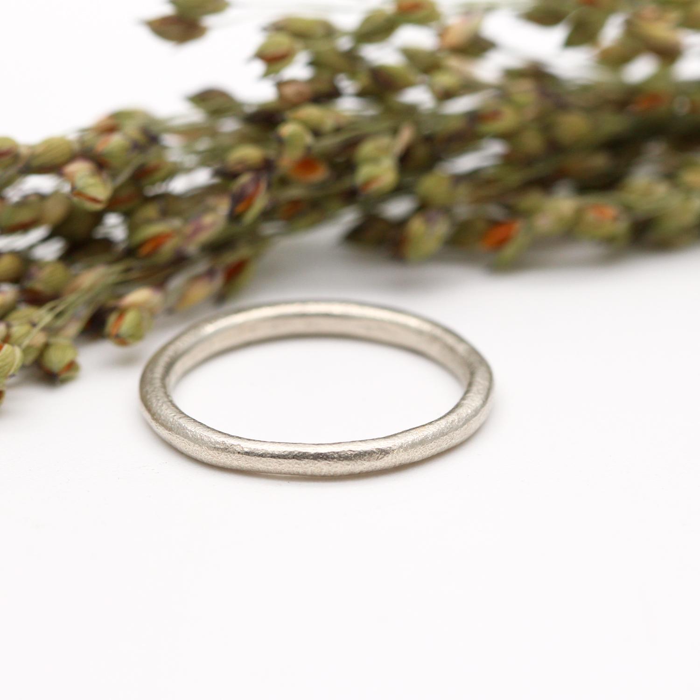 Tamara-Gome-Rustic-white-gold-wedding-ring.jpg