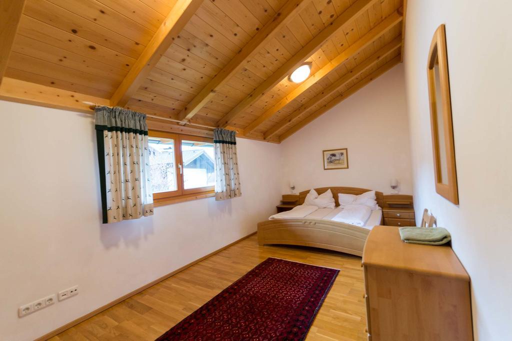 chalet bedroom 2.jpg