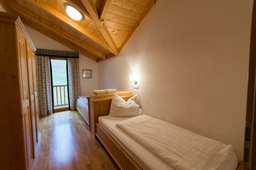 chalet bedroom.jpg