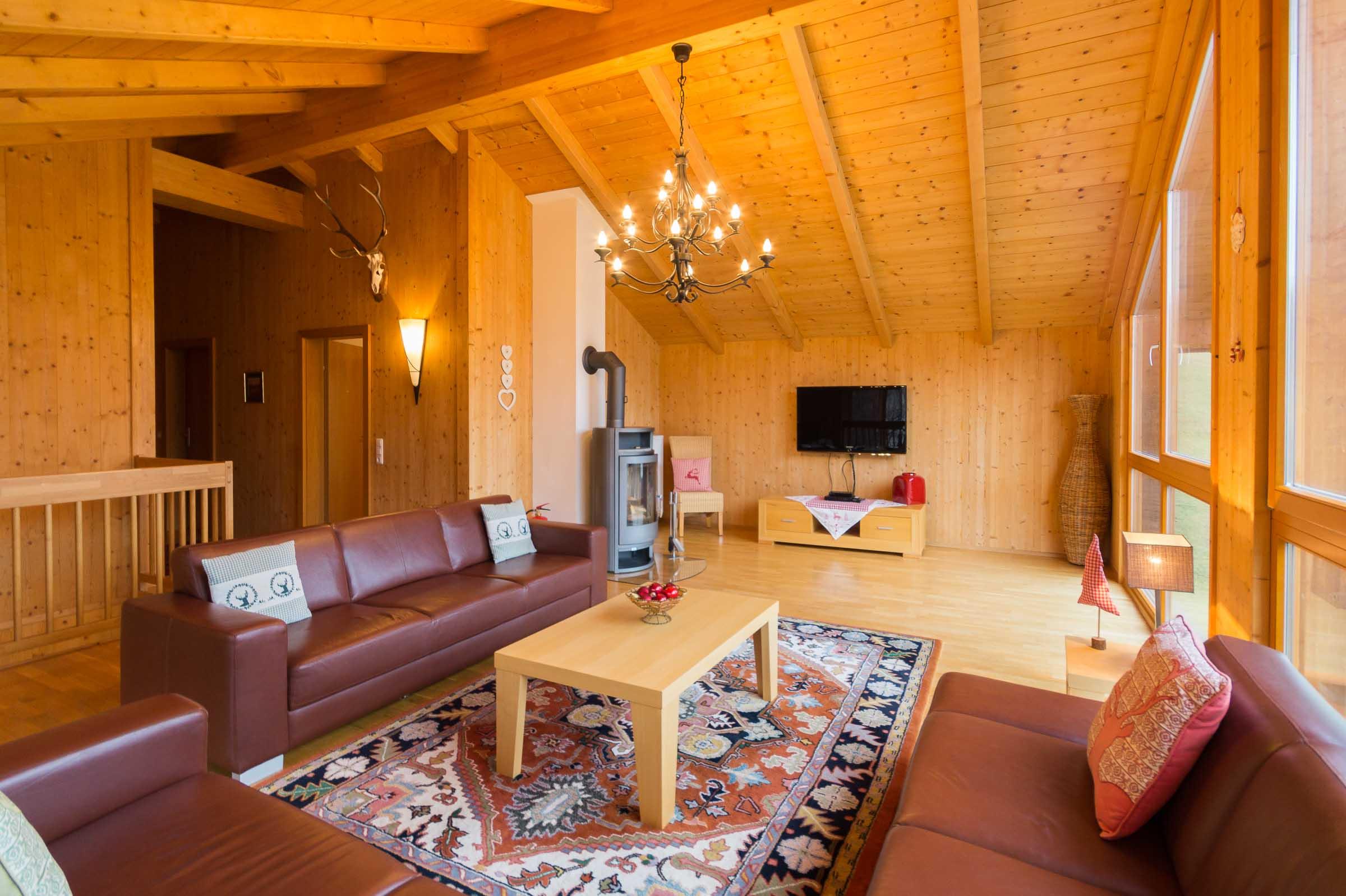 Lounge TV.jpg