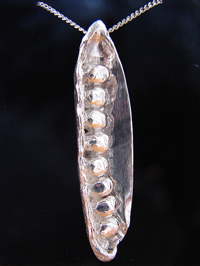 Silver Peas in a Pod Pendent.jpg