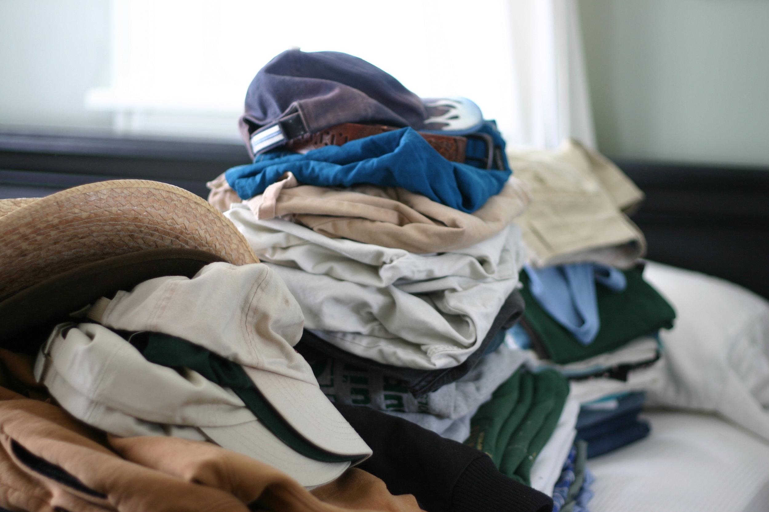 bedroom-clothing-purge.jpg