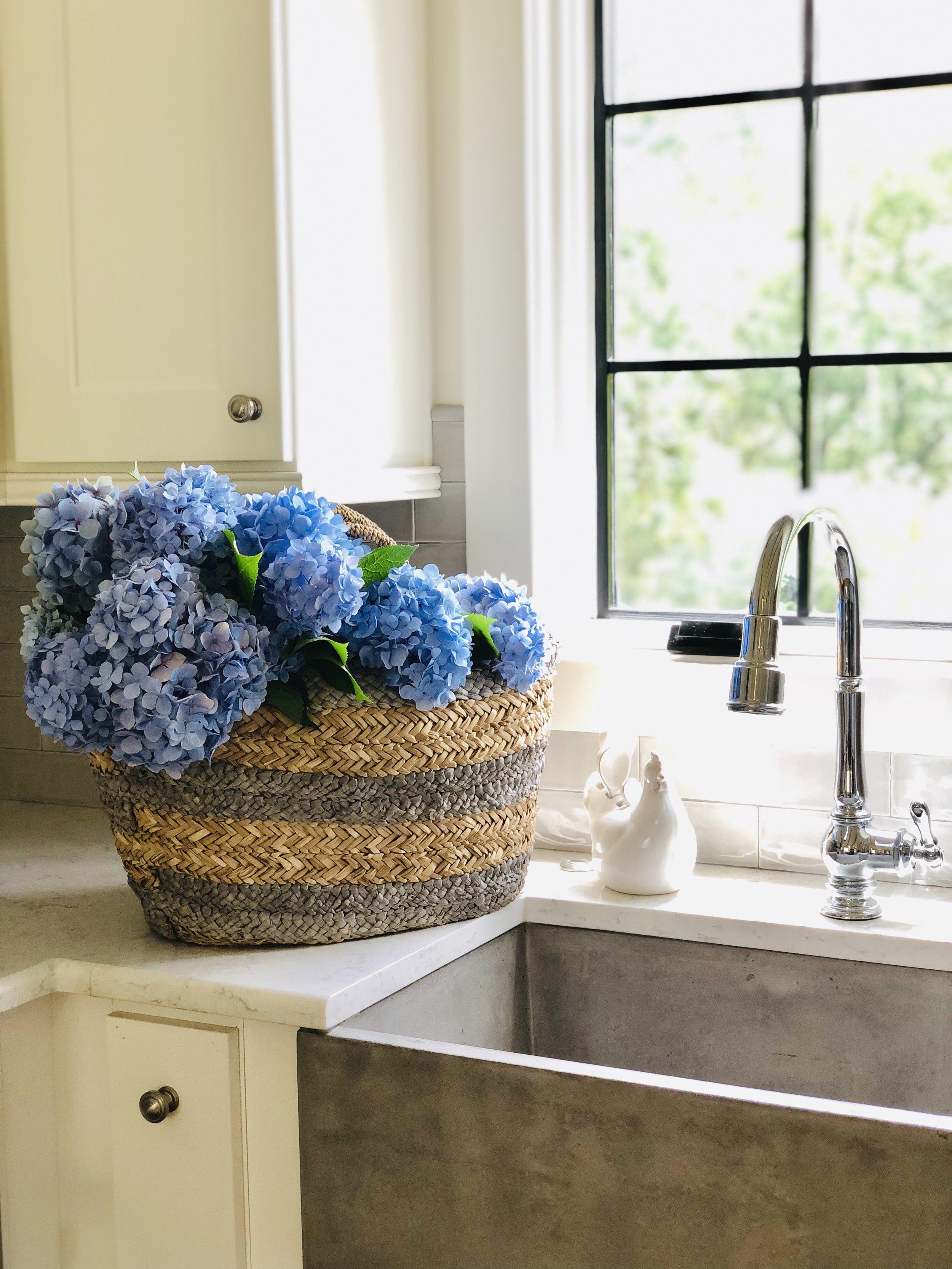 Hydrangea basket.jpg