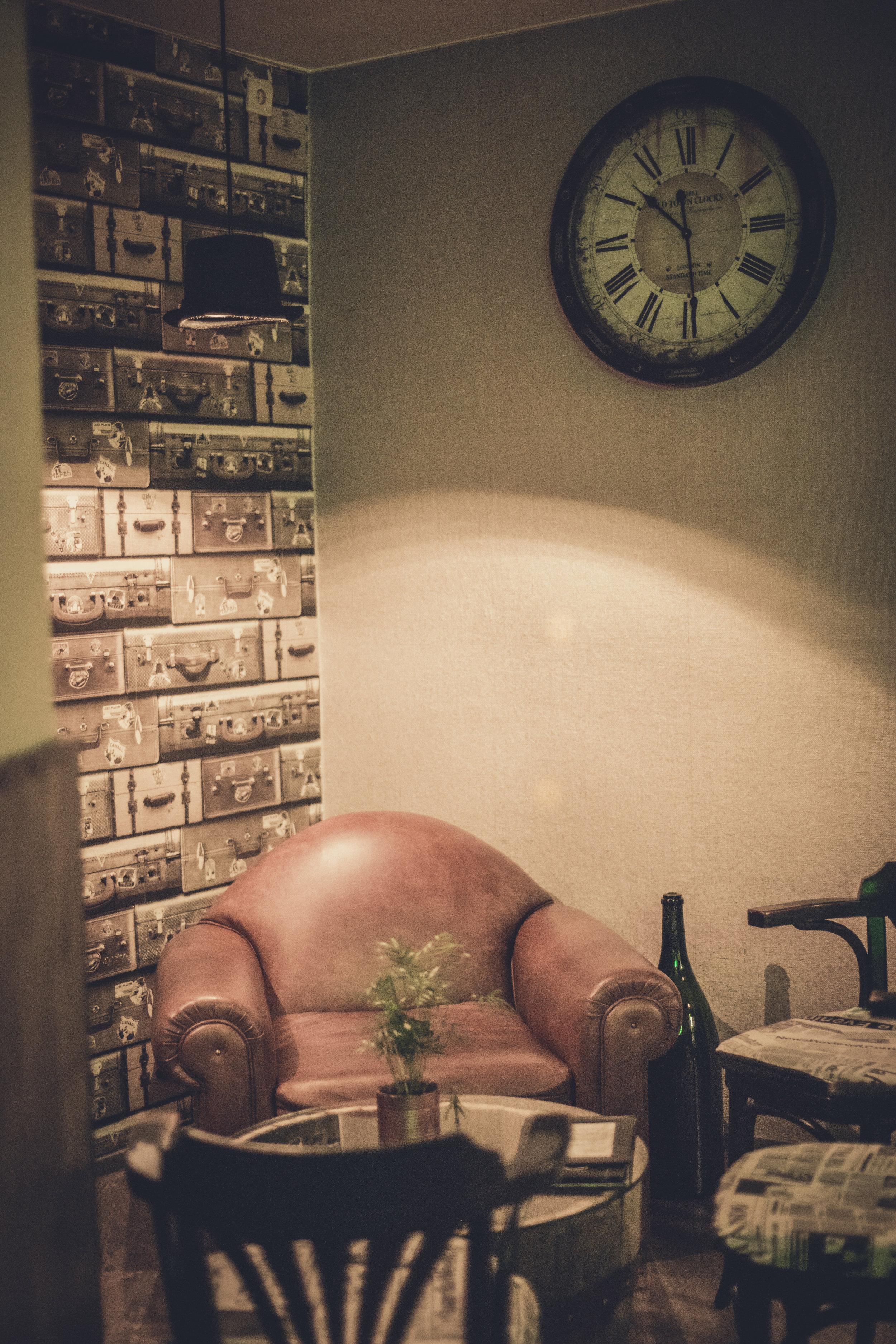 nice looking chair.JPG