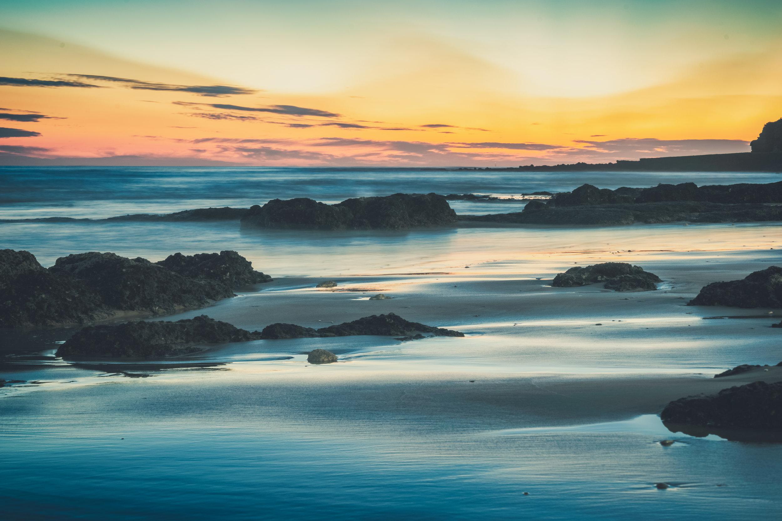 Sunsetting ver the water.JPG