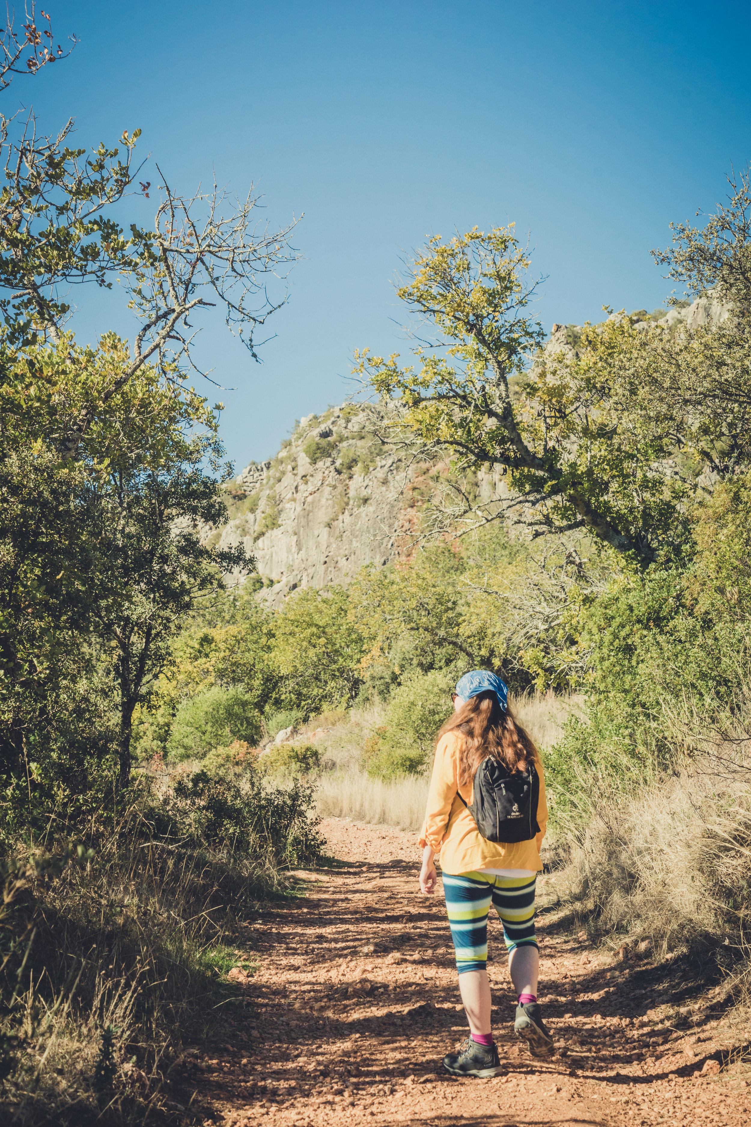 Hiking. algarve. portugal. talbe mountain. walking in the mountains. Rocha da Pena..jpg