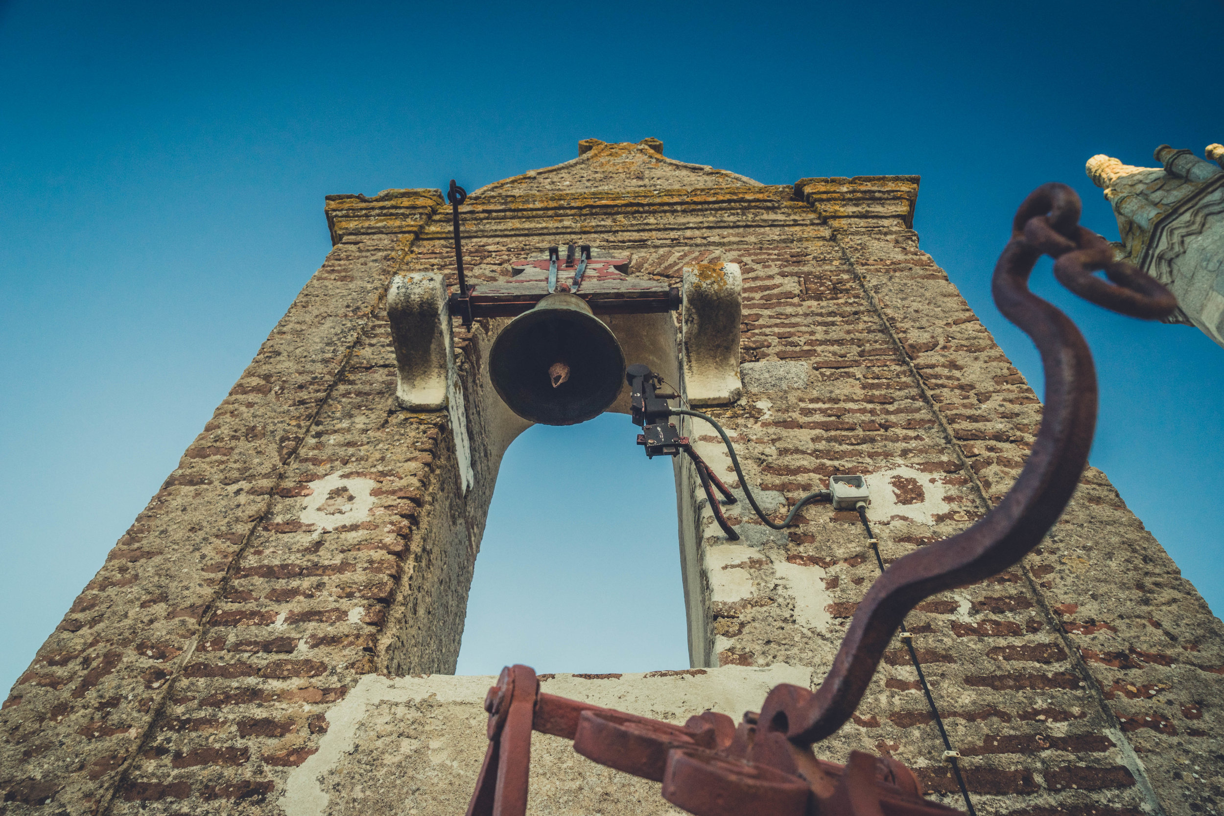 Evora. Roman Ruins. Portugal. Alentejo. Piliers. Roman city. ancient roman town. Blue sky. travel. adventure. history. historical. wine. architecture. bell.jpg