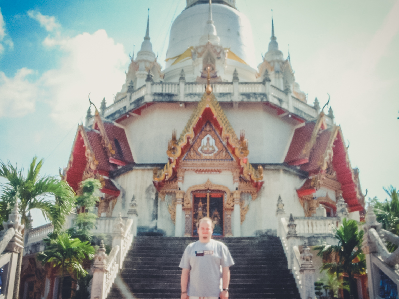 buddhist-temple-suratthani-backpacking. south east asia. travel. young. thailand. cambodia. malaysia. couple. trip..jpg