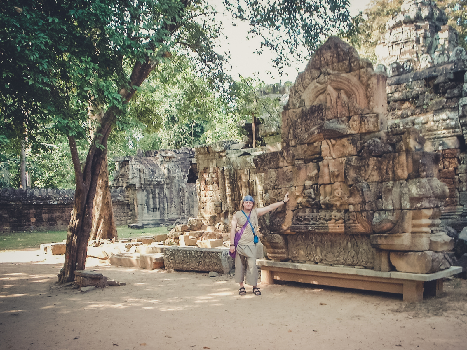 khmer-carvings_backpacking. south east asia. travel. young. thailand. cambodia. malaysia. couple. trip..jpg