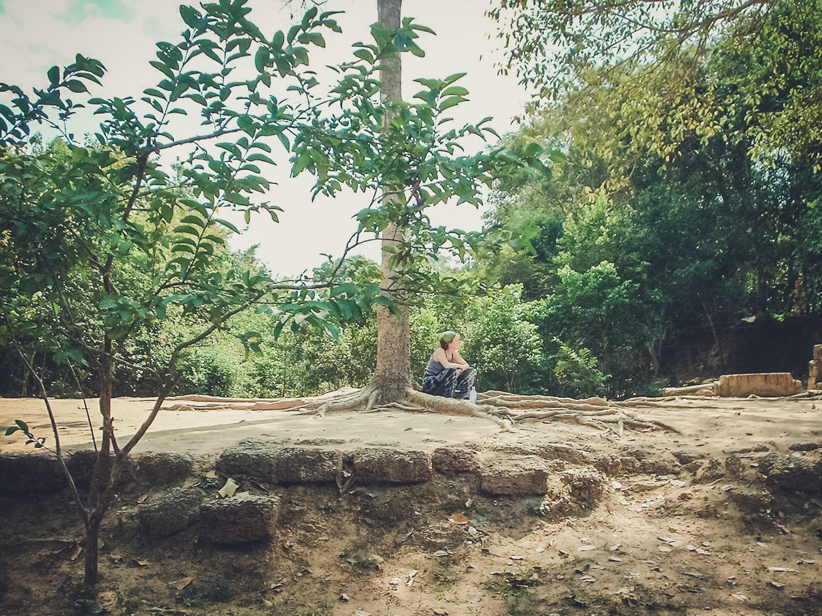 meditation_backpacking. south east asia. travel. young. thailand. cambodia. malaysia. couple. trip..jpg