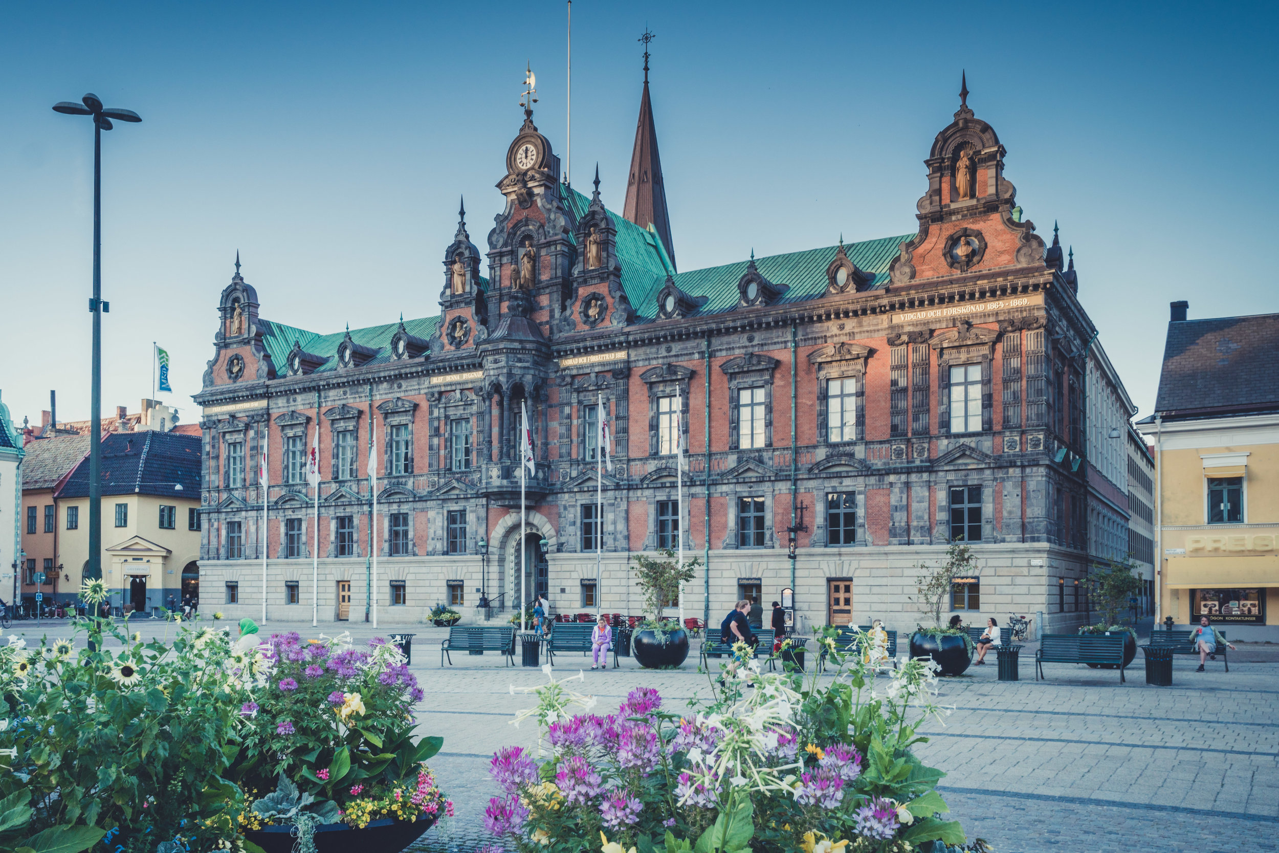 malmo. sweden. travel. scandinavia. history. viking. city. old. travel blog. palace. old town square palace..jpg