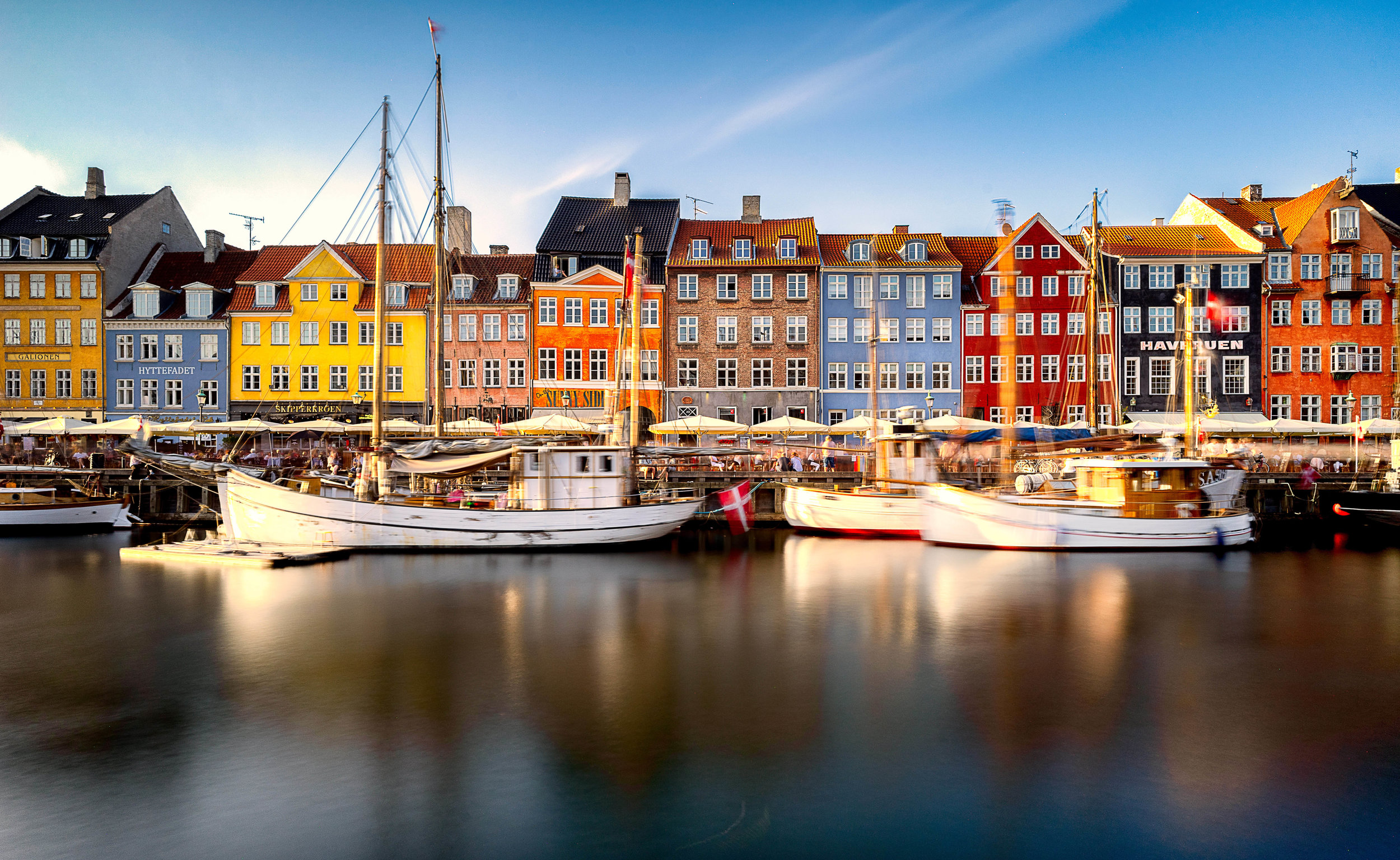 copenhagen. denmark. travel. adventure. europe. scandinavia. history. travelblog. classic view of the city. nyhavn.jpg