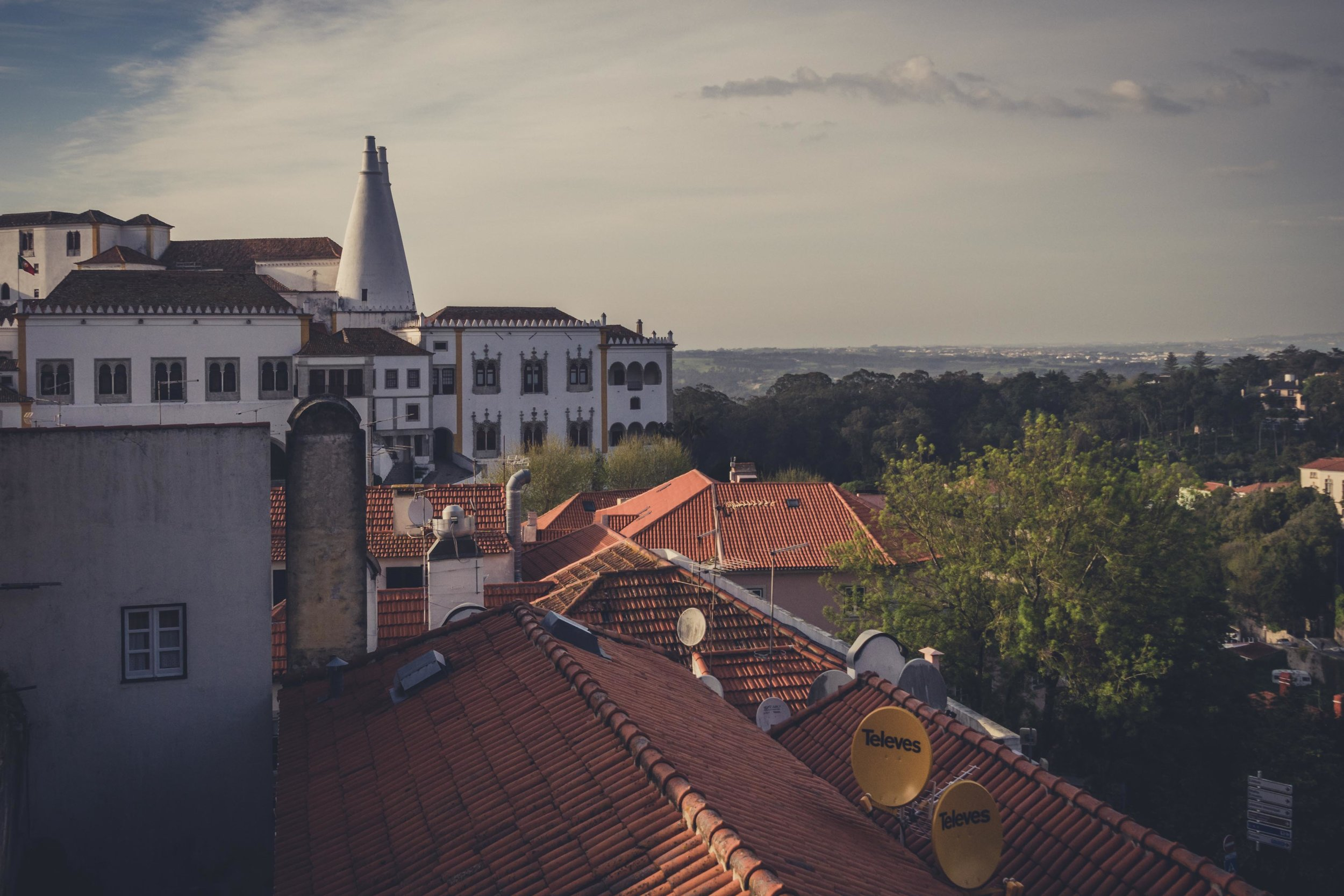 Portugal. Travel. Sintra. Sunshine. Hotel. History. view. room with a view. pena palace.  palace. town. old town. castle. castelo dos mouros. bar view ..jpg