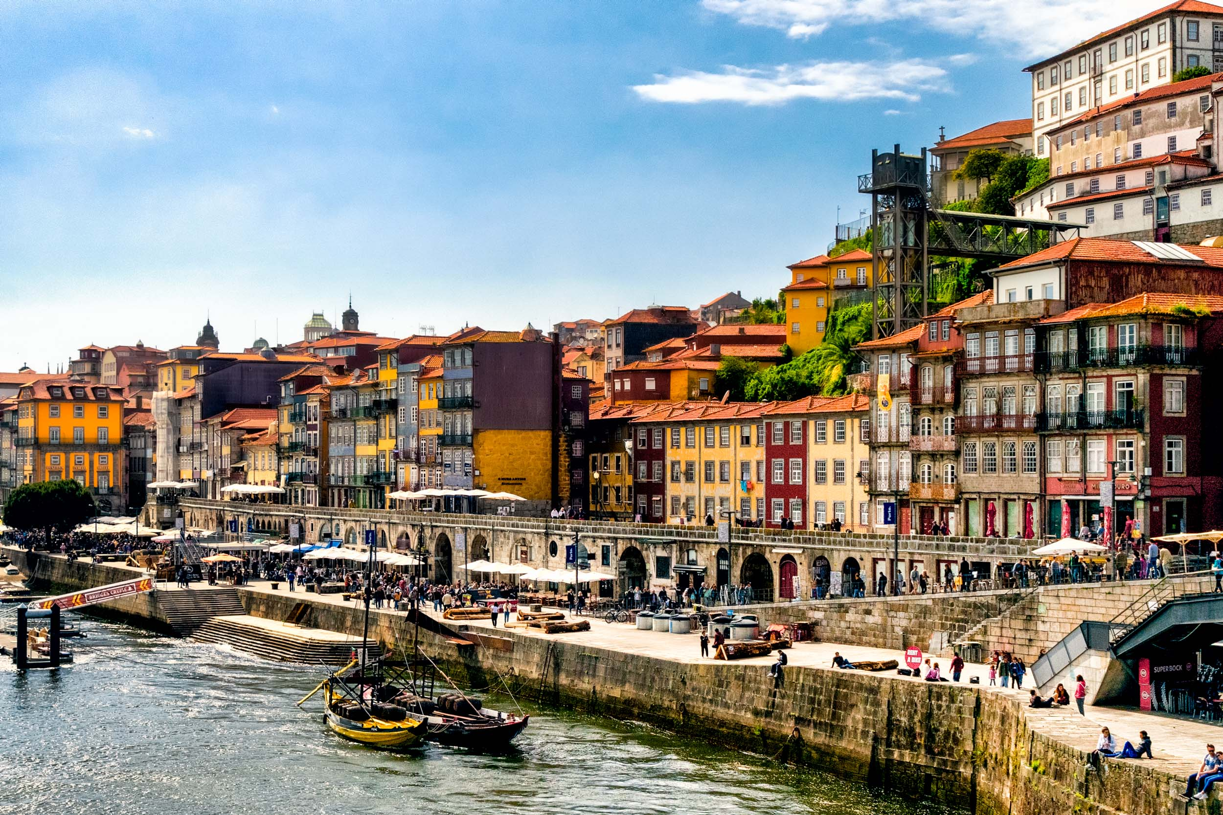 Porto. Portugal. Travel. City. poeple. wine. blog. travel blog. -24.jpg