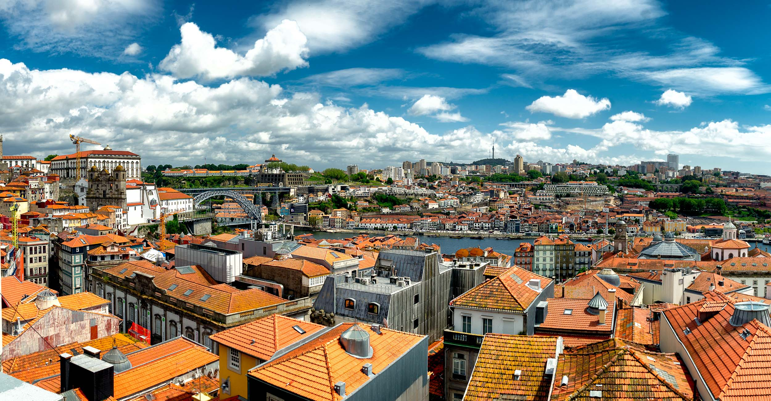 Porto. Portugal. Travel. City. poeple. wine. blog. travel blog. -20.jpg