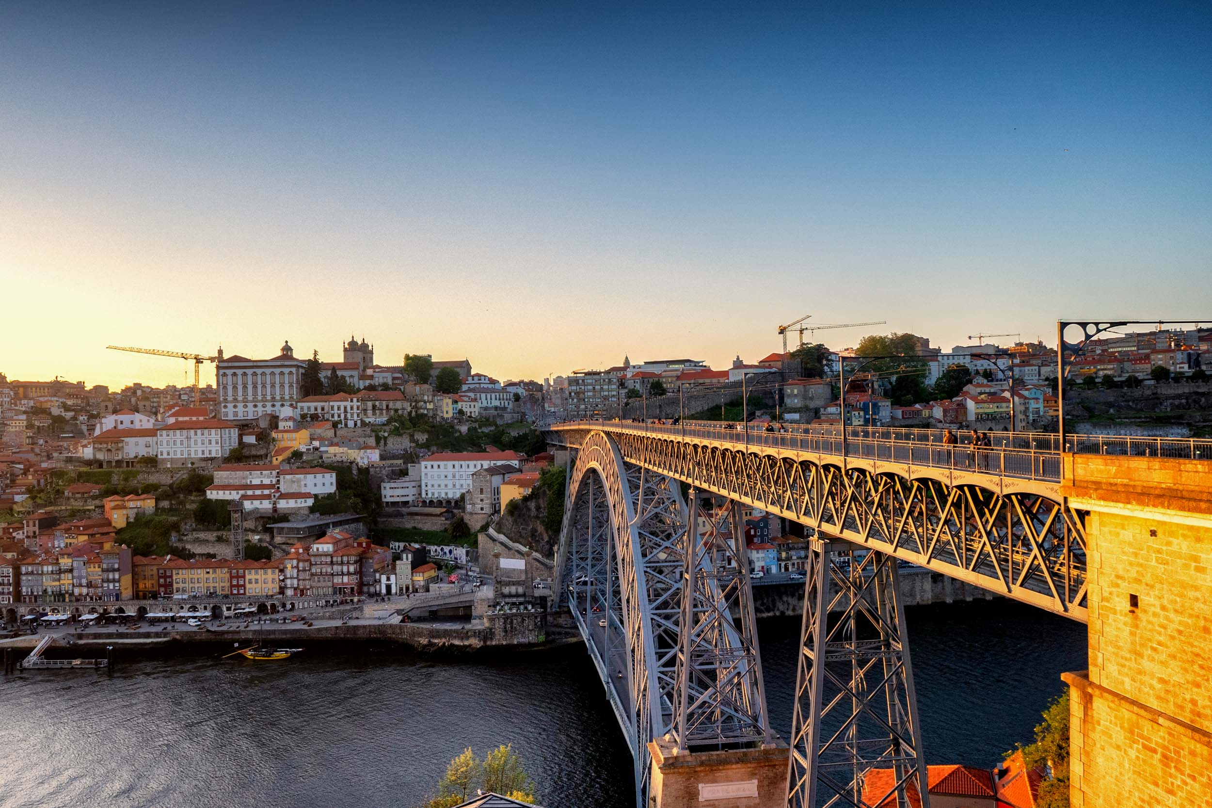 Porto. Portugal. Travel. City. poeple. wine. blog. travel blog. -47.jpg