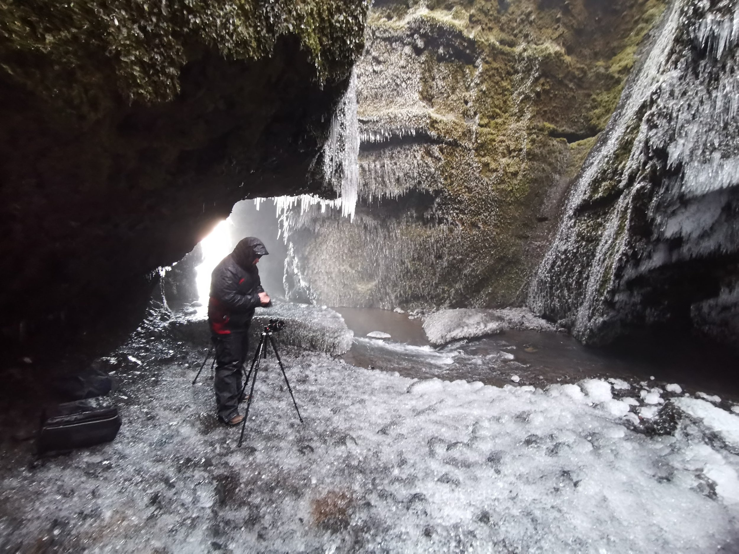 Iceland. snow. travel. adventure. photography. trip. epic landscape. snow. cold. freezing. sunrise. its cold in here.jpg