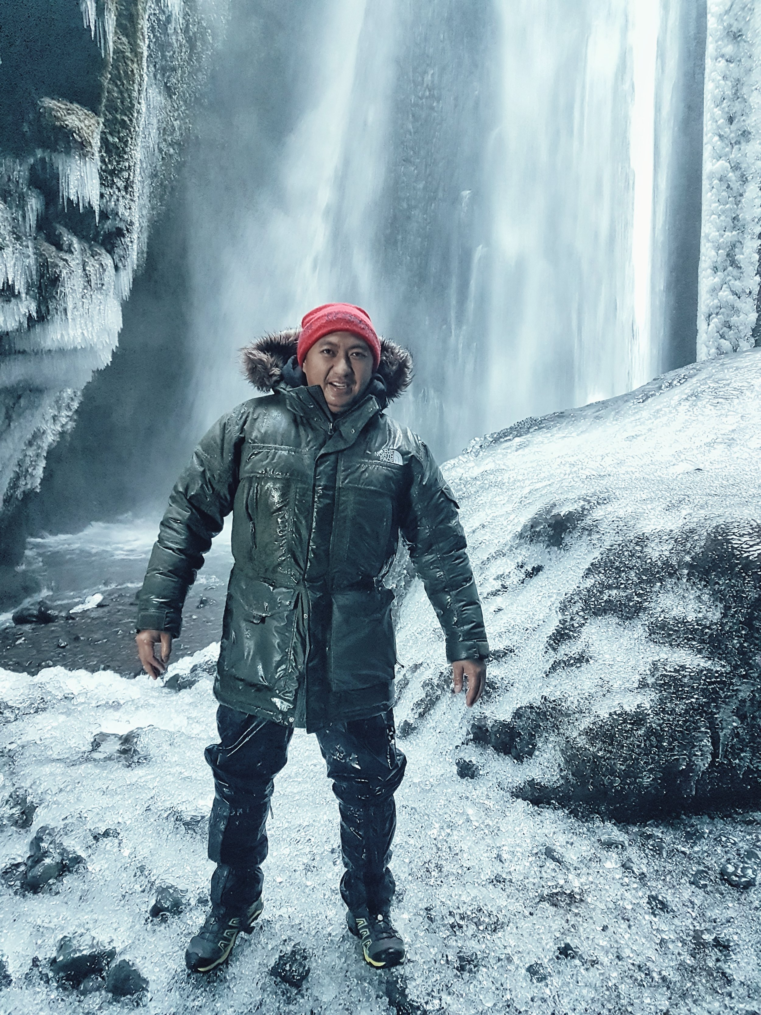 Iceland. snow. travel. adventure. photography. trip. epic landscape. snow. cold. freezing. sunrise. ivan in beast mode.jpg