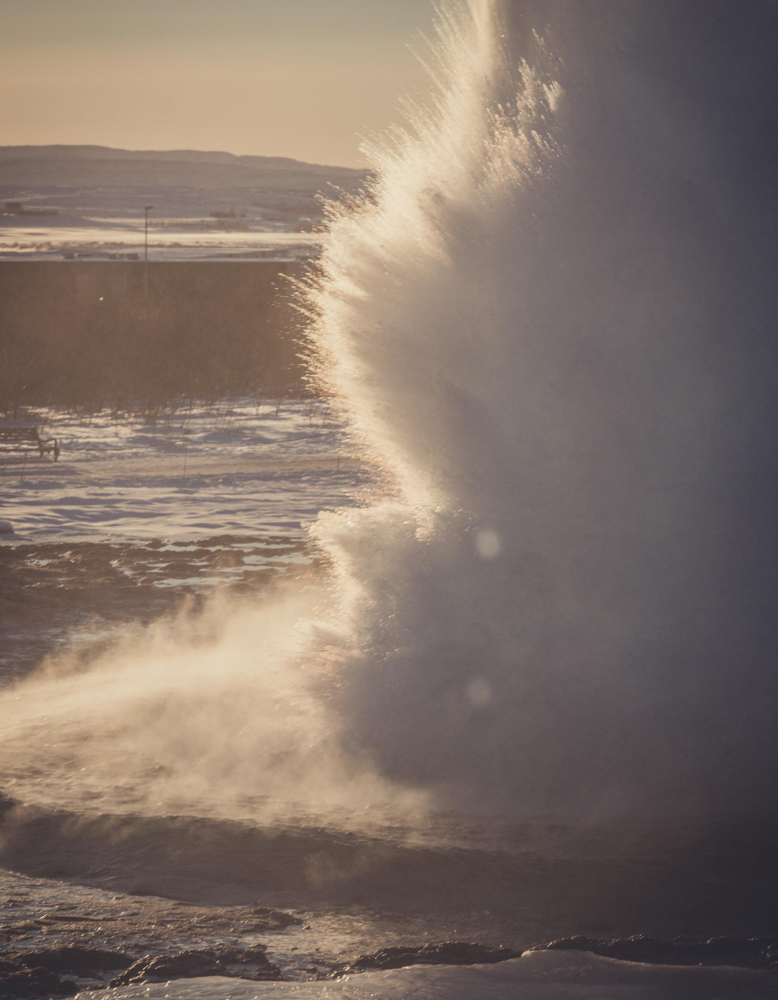 Iceland. snow. travel. adventure. photography. trip. epic landscape. snow. cold. freezing. sunrise. long exposure selfie. blow hole.jpg