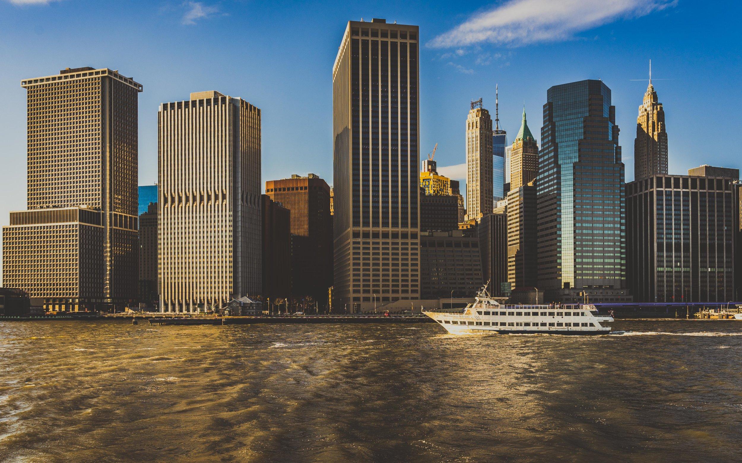 Downtown Manhattan view from Circle Line Cruise.jpg