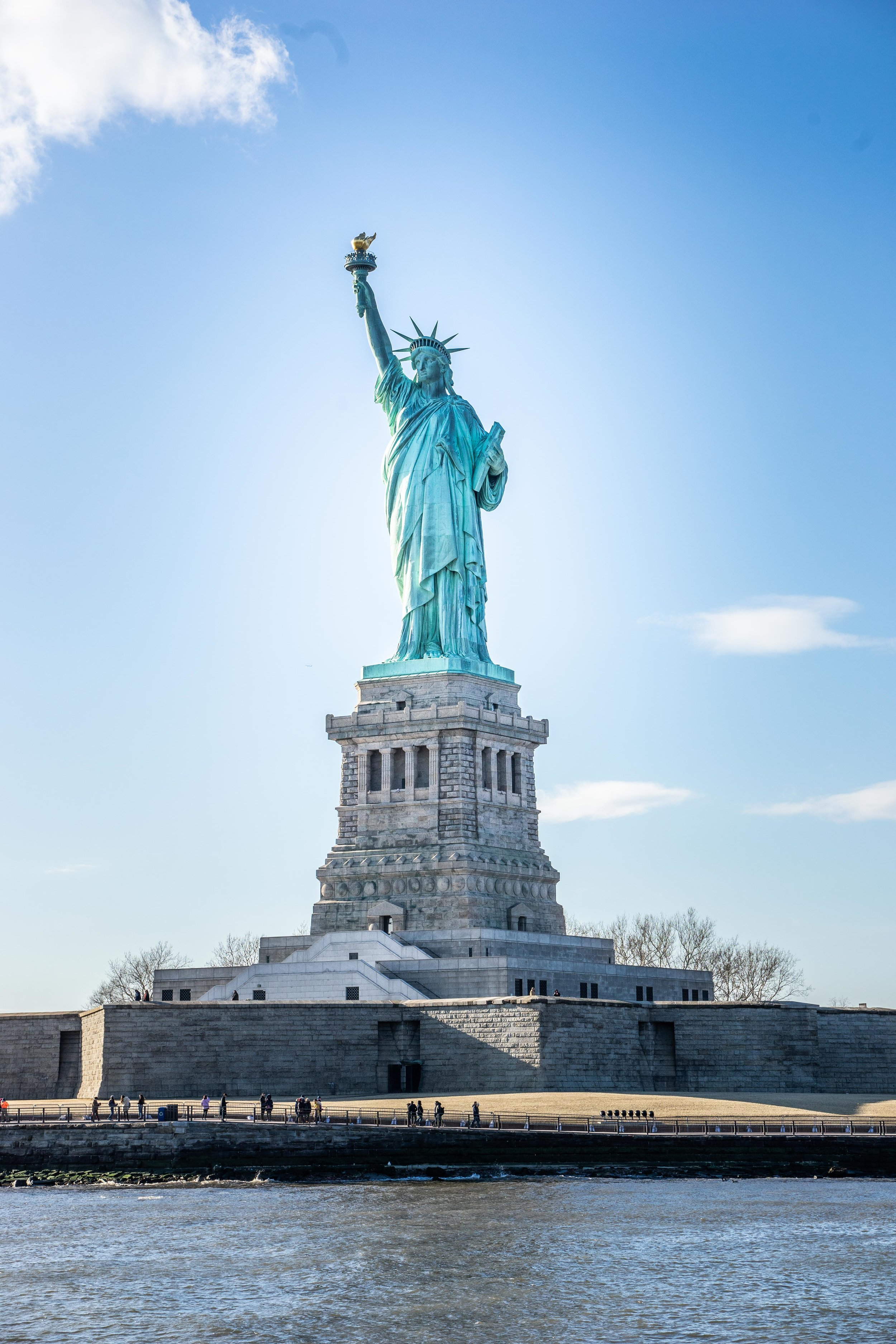 Statue of Liberty view from Circle Line Cruise.jpg