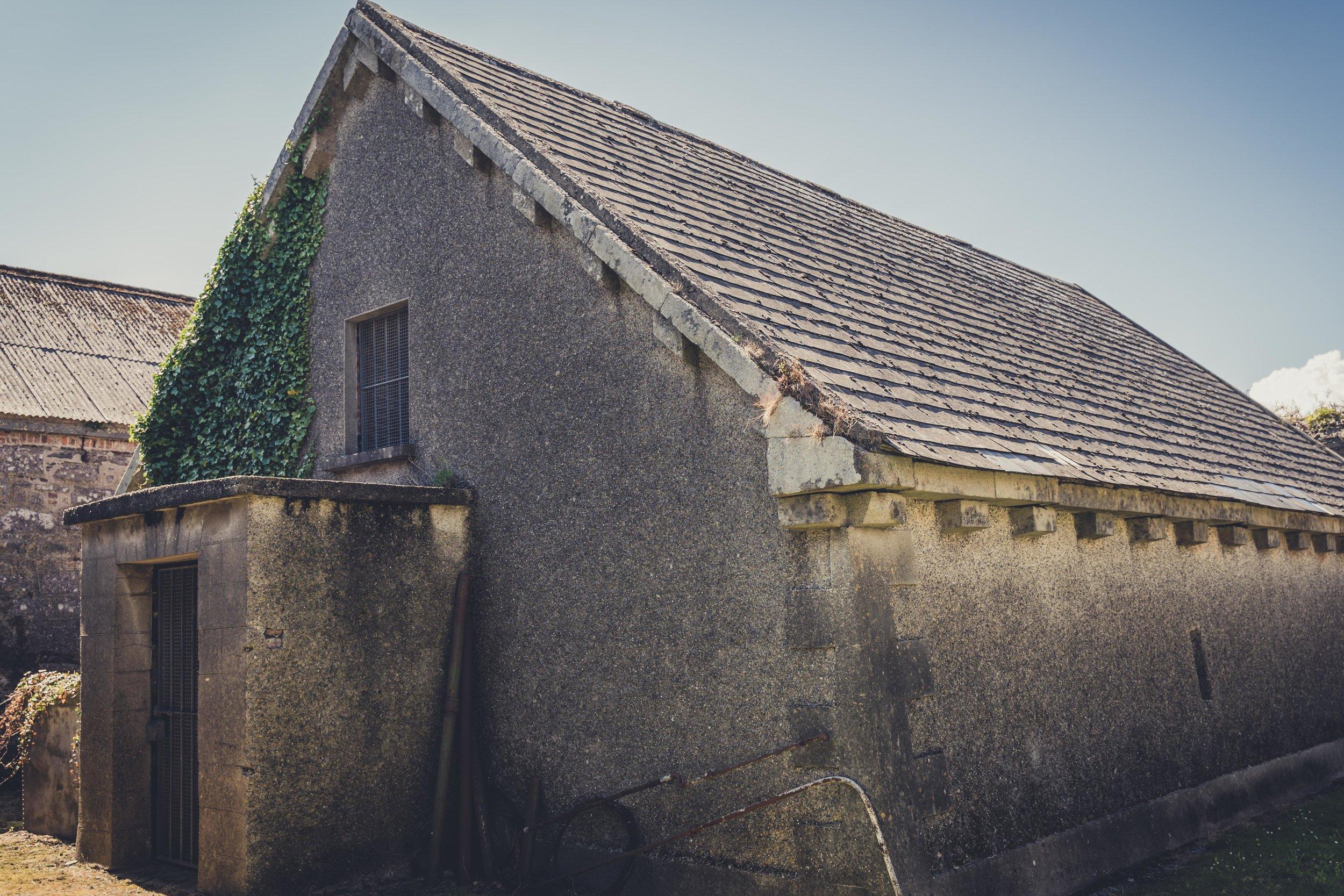 Duncannon Fort. Ireland store house.jpg