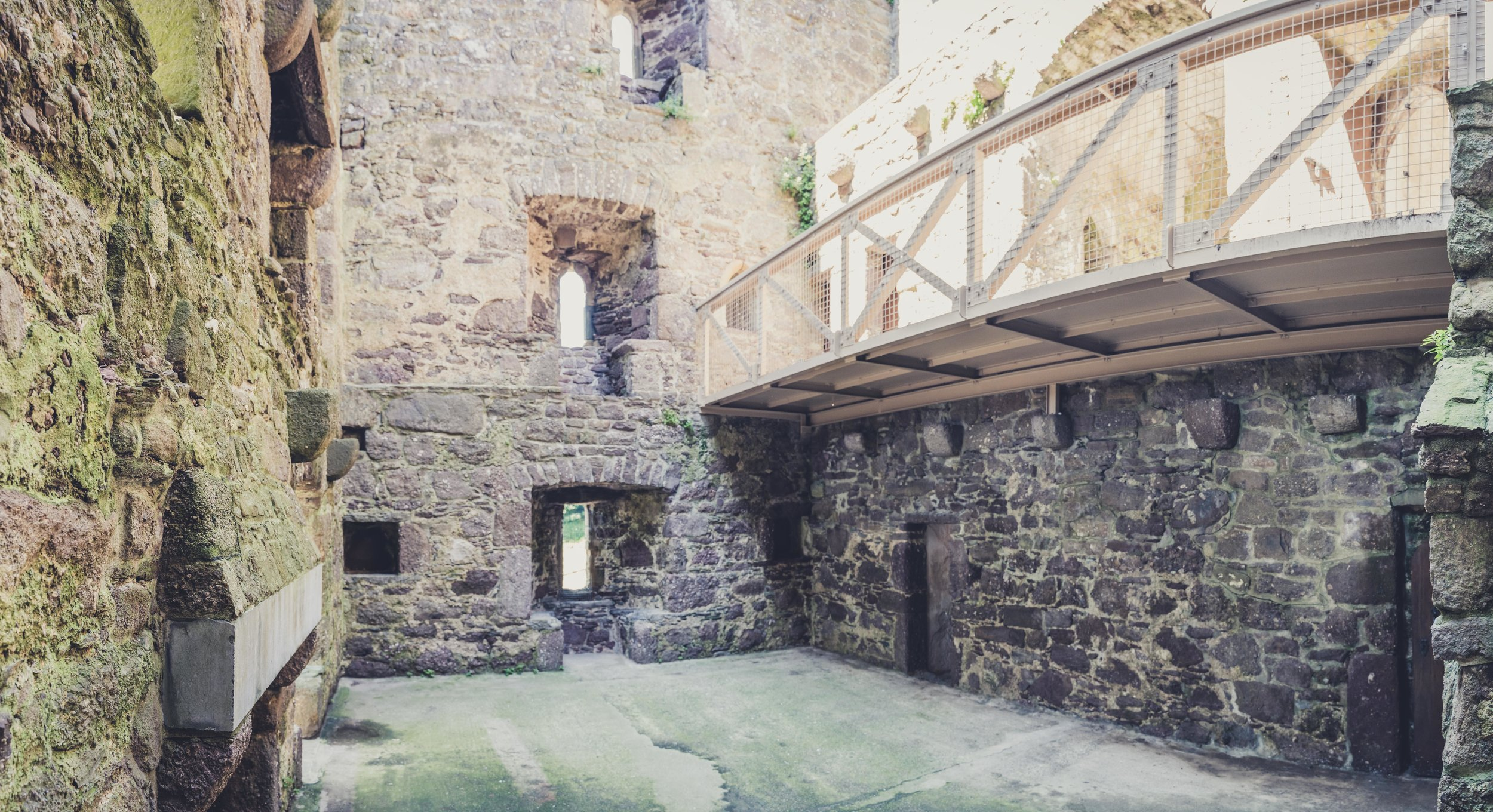 Ballyhack Castle .jpg