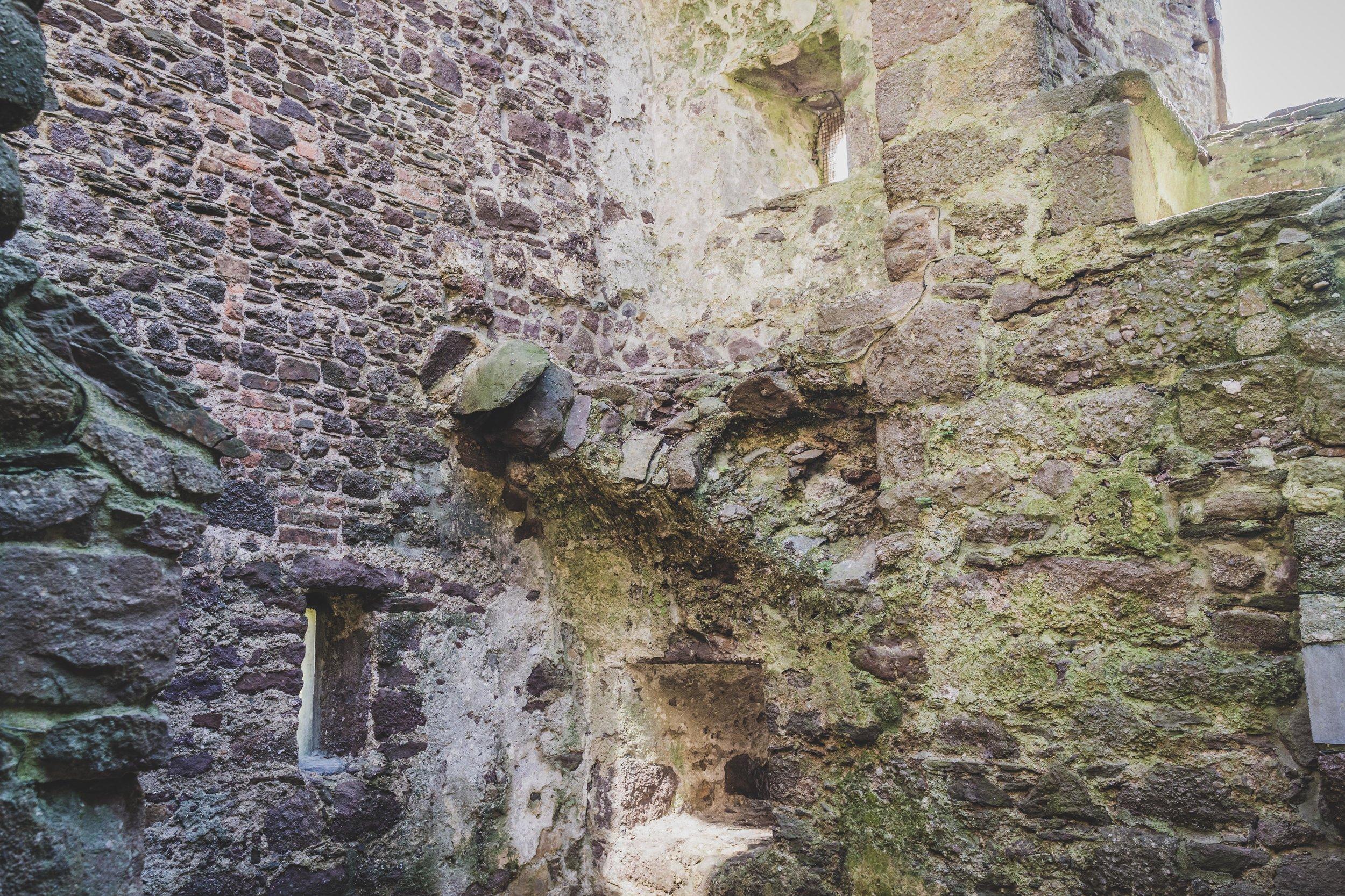 Ballyhack Castle walls.jpg