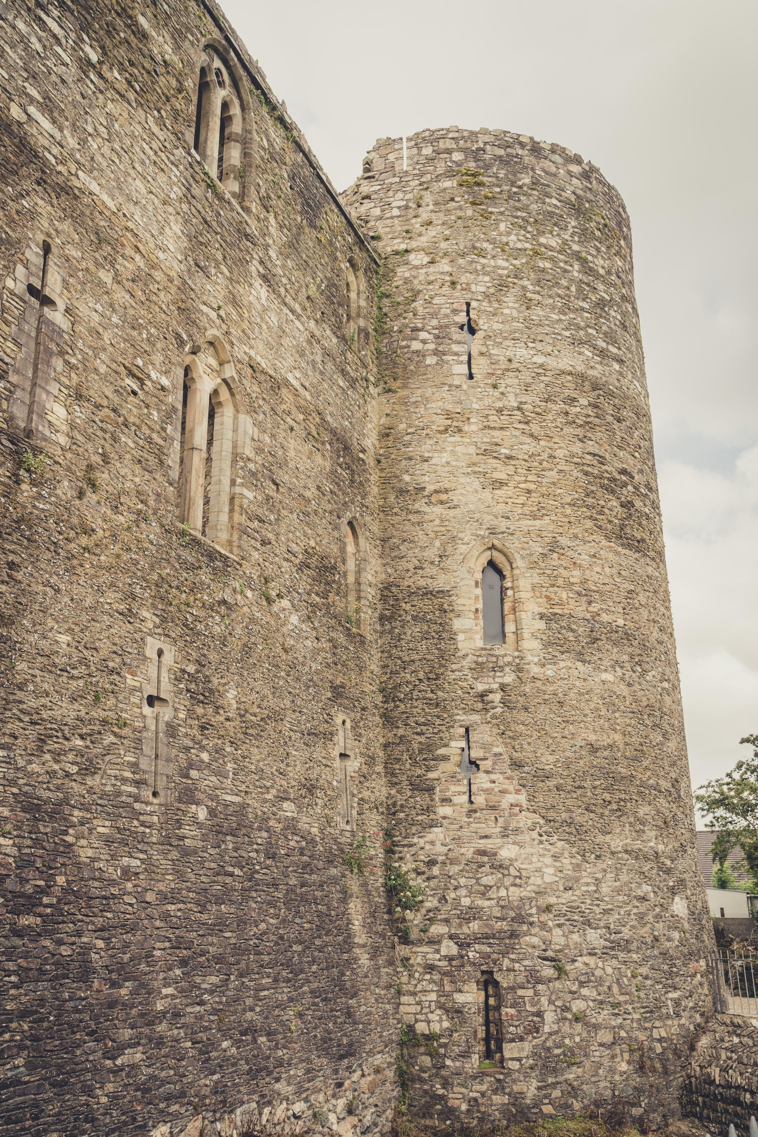ferns castle tower.jpg