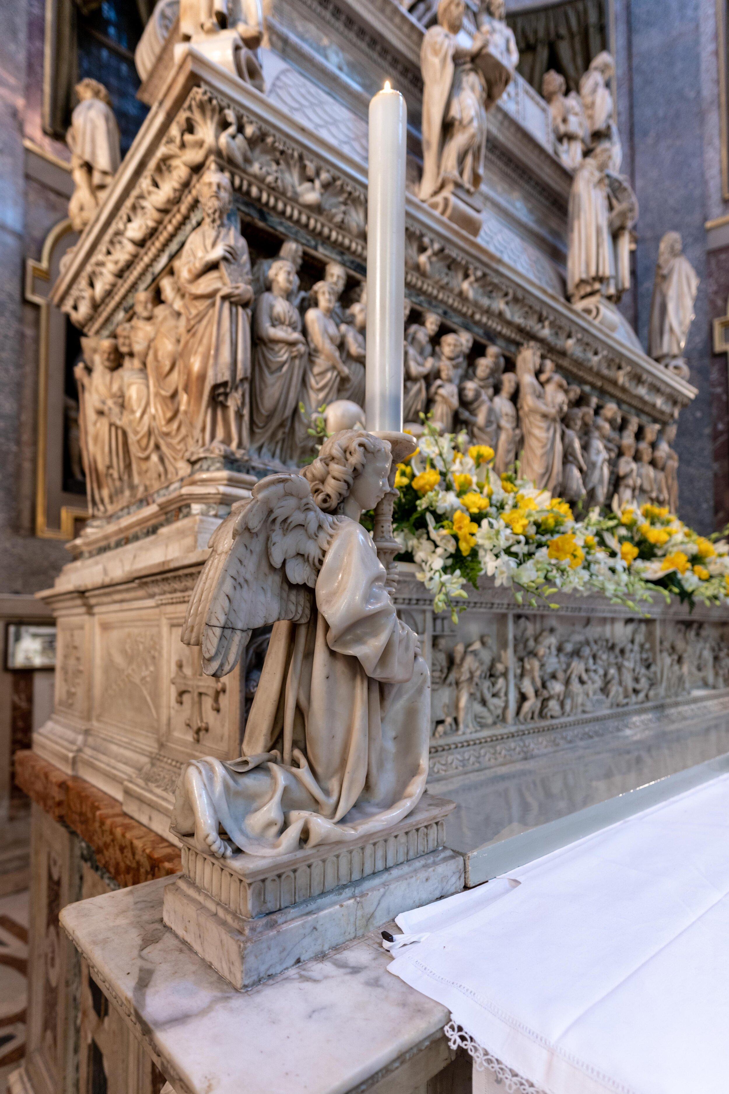 bologna st dominic michelangelo carvings (2).jpg