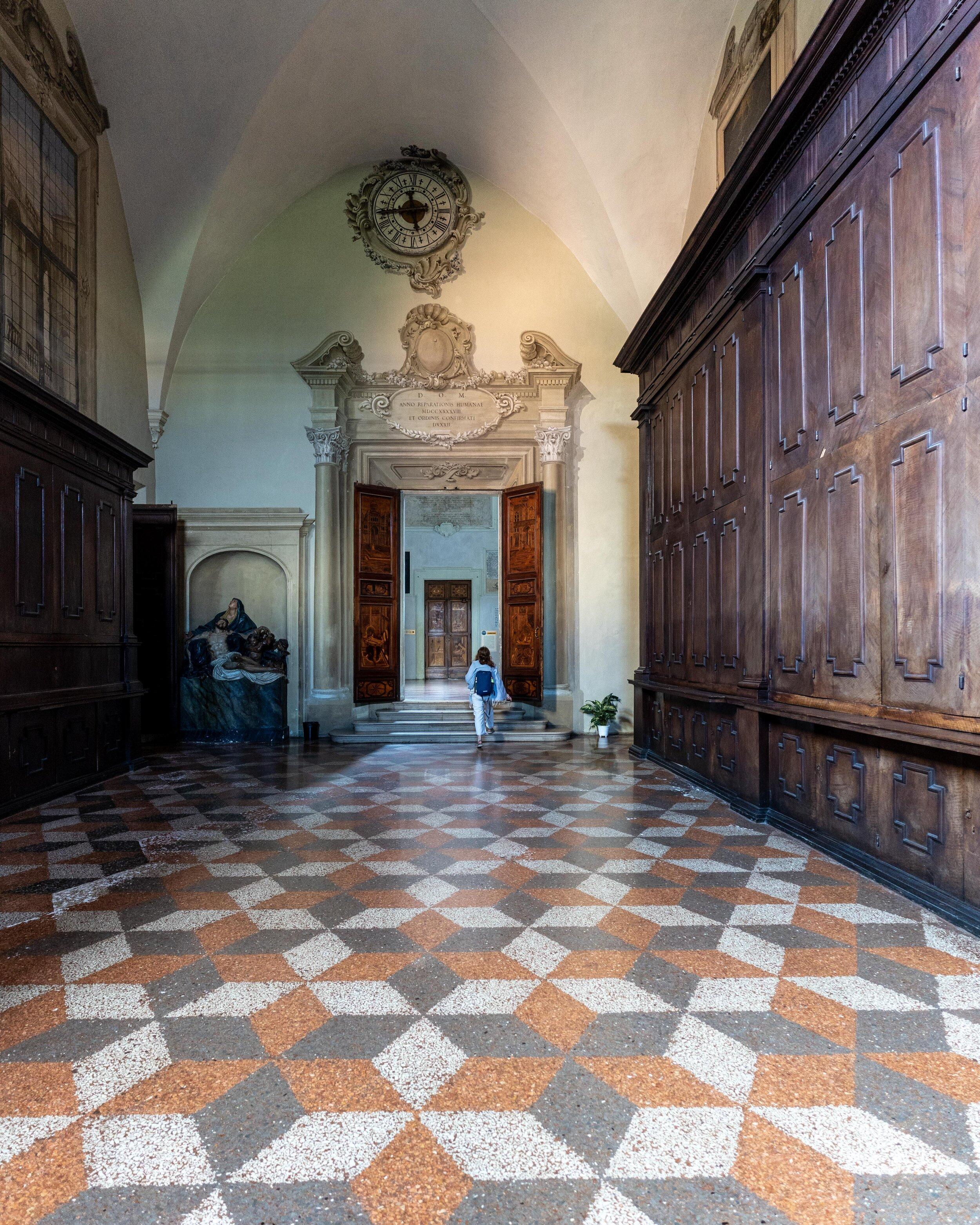 Basilica of San Domenico high door.jpg