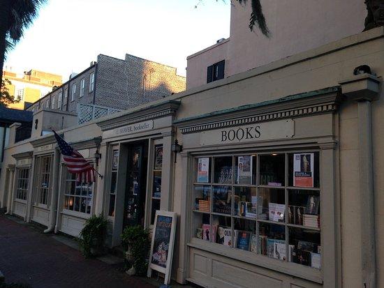 e-shaver-bookseller.jpg