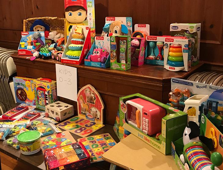 Pantry Dec 12 toy distribution.jpg