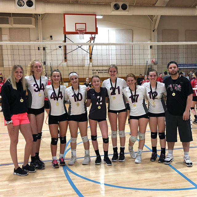 jersey shore joust tournament champions! finished 1st out of 26 teams with a hard fought third set win in the championship. couldn't be prouder of this squad 🏐🎉