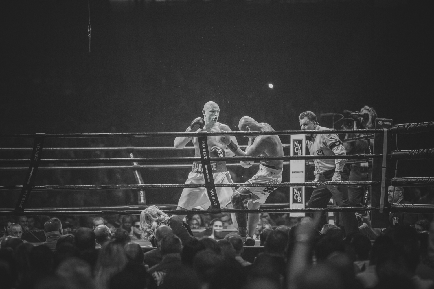 Adam Kownacki vs Artur Szpilka - Nassau Colliseum Boxing NYC photgraphy Sylwek Wosko DigitalReflectionStudio (42).jpg