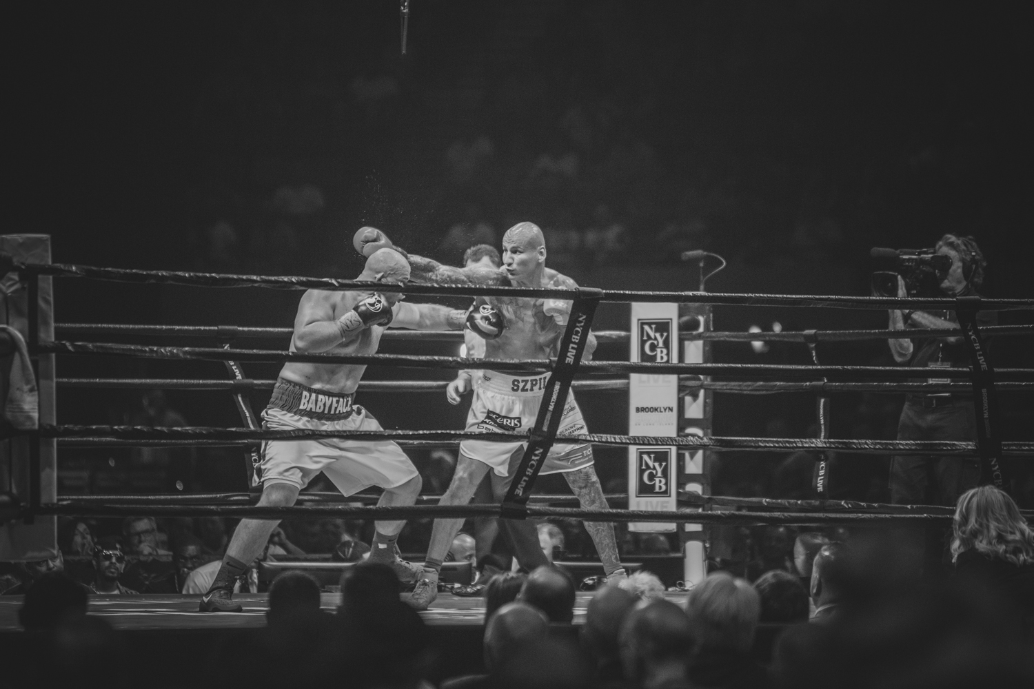 Adam Kownacki vs Artur Szpilka - Nassau Colliseum Boxing NYC photgraphy Sylwek Wosko DigitalReflectionStudio (35).jpg