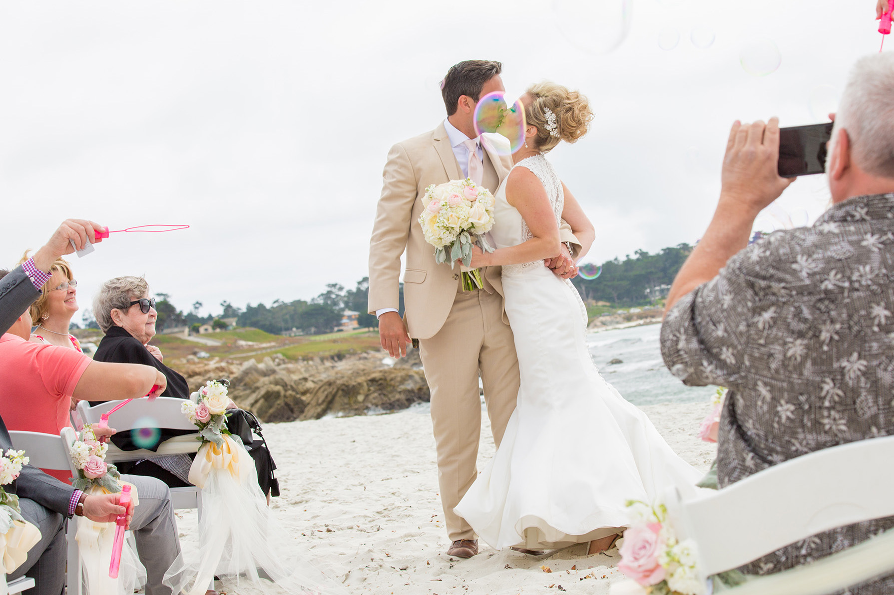 Tips for Brides to Get the Best Wedding Photographs