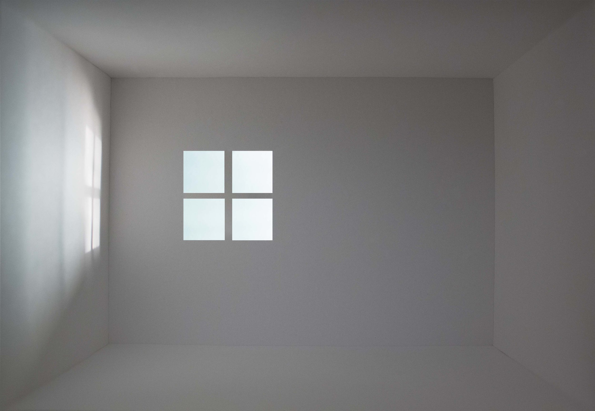 Amy M. Ho,  Window II , 2014, Single channel projection, Dimensions variable, Courtesy Chandra Cerrito Contemporary