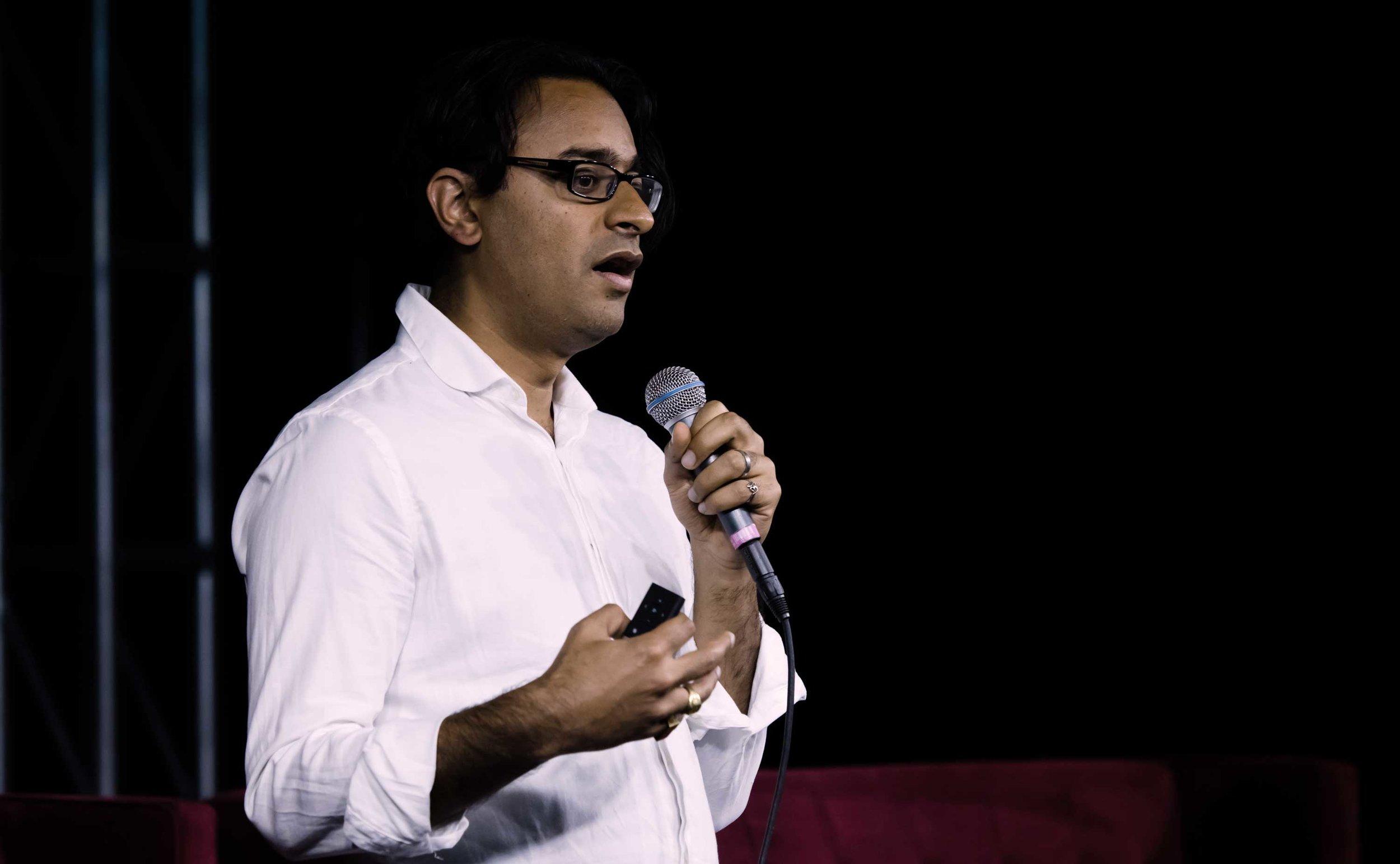 Ajay-Kapur_Photo-Victor-Bittorf.jpg