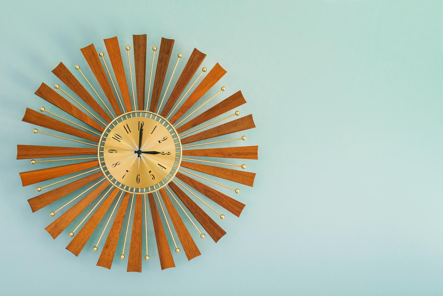 Clock2 (1).jpg