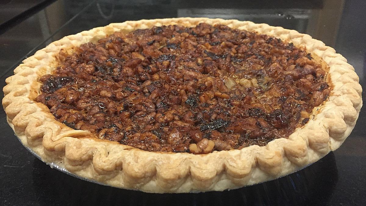 honey+black+walnut+tart+pie.jpg