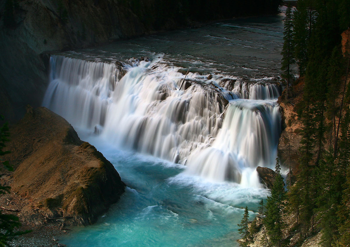 Wapta Falls.jpg